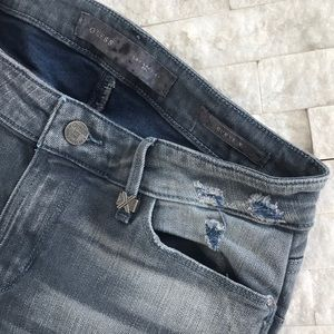 GUESS Curvy Series Jeans